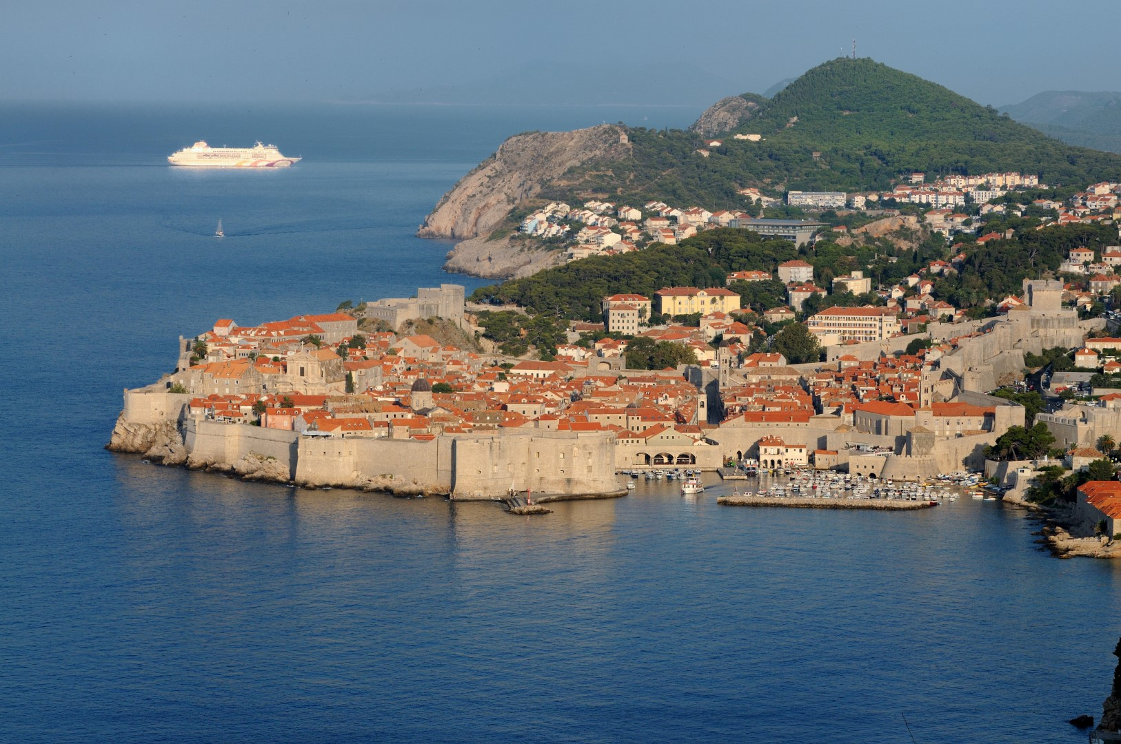 Venice To Dubrovnik Tour 28 Guaranteed Departures Island Clutch Natural Day